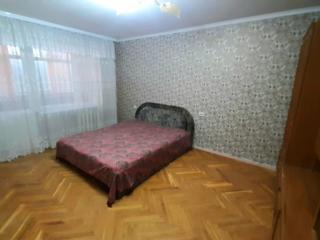 Se ofera spre vinzare apartament cu 4 odai in sectorul Posta Veche! ..