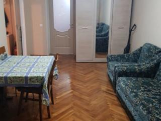 Va oferim spre vinzare apartament cu 2 odai in sectorul Riscani al ...