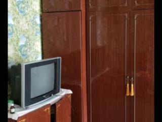 Срочно!!! 2х ком. 1/5 Кировский, жилая, с мебелью и техникой.