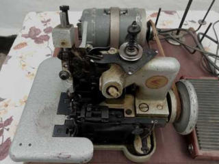 Продам оверлок, швейную машинку. Цена договорная