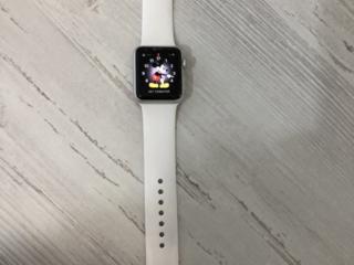Часы Apple1-повреждено стекло