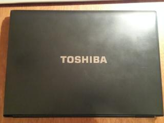 Toshiba Portege R700-173 в отличном состоянии.