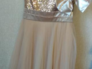 Платье новое 6-8лет. 200 руб