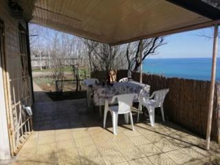 Продам участок в Черноморке с видом на море