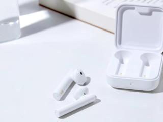 Сяоми Earphones 2 Basic и чёрные Earbuds Basic 2