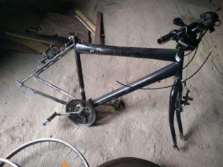 Велосипедная рама 300р
