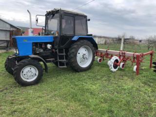 Трактор МТЗ 82 в состоянии нового наработка 2000 моточасов