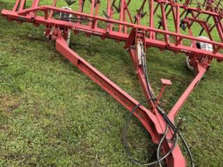 Культиватор КПСП-4 сплошной обработки почвы маленькая наработка