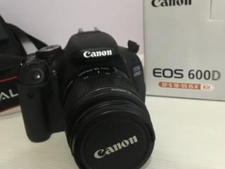 Продам фотоаппарат Canon EOS D600