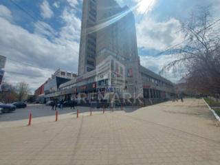 Se dă în chirie spațiu comercial, amplasat pe str. Alba Iulia, în ...