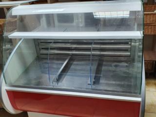 Продается холодильник витрина