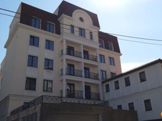 Apartament cu 2 camere plus living cu bucatarie, debara inclusa, ...