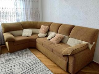 Продается раскладной, просторный и красивый диван с нишами для вещей