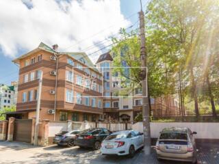 Spre vânzare oficiu, spațiu comercial în sectorul Centru, cu ...