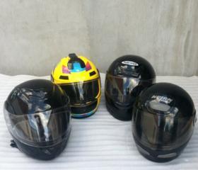Продам мото-шлемы разных размеров