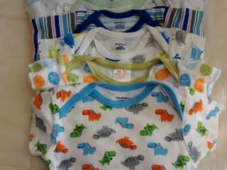 Одежда для новорожденных детей новая и б/у