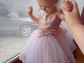 Прокат платья на 1 годик и на 5-6 лет и на 8-9 лет.