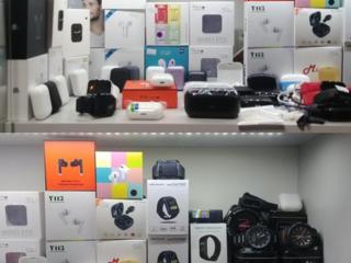 Беспроводные Airdots Airpods TWS наушники, смарт часы и браслеты