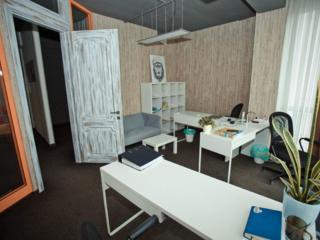 Spre vanzare spatiu comercial/oficiu, recent după reparație, amplasat