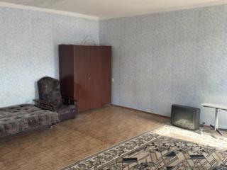 Продаю 1к квартиру р-н Соляные ост Плавбасейн жилое состояние