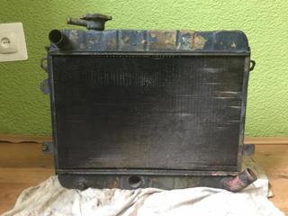 Продам медно-латунный радиатор хорошем состоянии на Mercedes, недорого