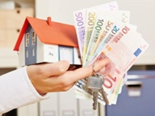 Куплю 1-2-комнатную квартиру в г. Рыбница, можно с долгами