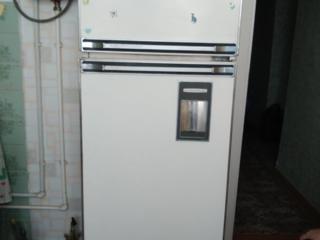 """Продам холодильник """"Ока""""."""