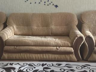 Породаëтся диван и 2 раскладных кресла