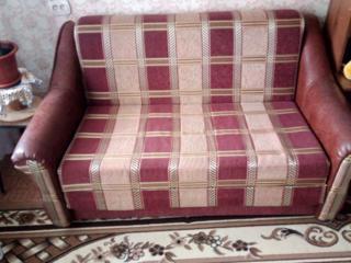 Продам срочно новый диван 2200р