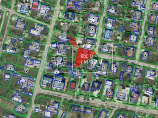 Se vinde teren pentru construcție pe teritoriul căruia se află o casă