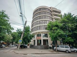 Se dă în chirie oficiu, amplasat pe str. Sfatul Țării intersecție cu .