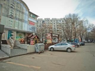 Spre vinzare spatiu comercial amplasat in inima sectorului Centru! - .
