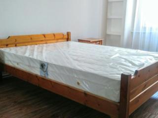 Chirie apartament odaie sec. Botanica bd. Dacia. Pret 220 euro.