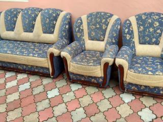 Диваны, софа, кресла раскладные в отличном состоянии. Помогу с трансп.
