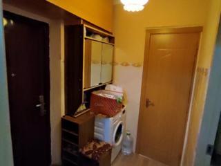 Продам двухкомнатную квартиру малосемейка