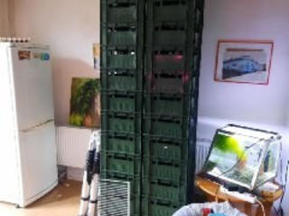 Продаются Фирменные пищевые пластмассовые крепкие ящики.