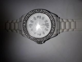 Женские часы Charisma, QQ со стразами