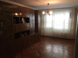 Продам большую 3_комн. квартиру Балка, район 12 шк.
