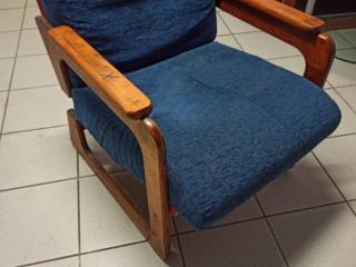Цена за 2 кресла - 400 руб.