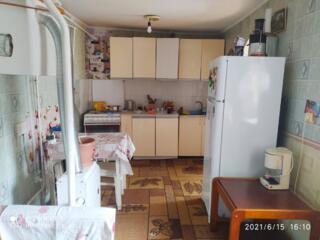 Срочная продажа полдома на Кировском, с отдельным входом и двором.