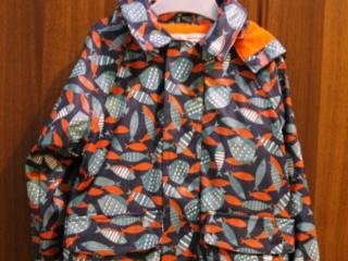 Теплые вещи: дождевик, зимний комплект, пижама