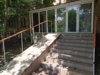 Сдается помещение фасадное под офис на Бочарова 60!