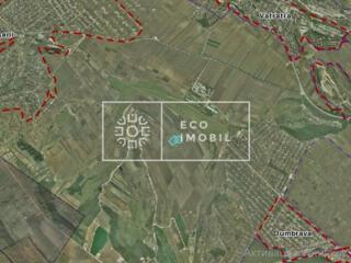 Se vinde teren agricol pe șoseaua Leușeni în apropiere de Stejăriș. ..