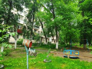 Димо, шикарное место, ухоженный двор, вблизи парк, середина дома!