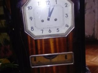 Часы настенные с боем. 400лей