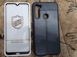 Продам два защитных стекла для Redmi Note 8, 8Т.