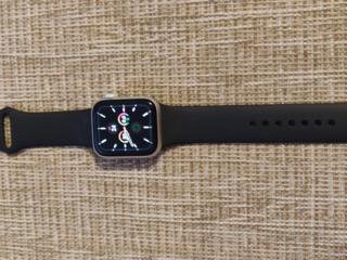 Продам Apple Watch 5 Silver series 40mm 279 $