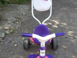 Vând tricicletă