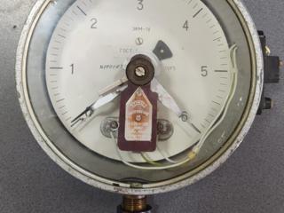 Манометр электроконтактный 6 кгс/см2