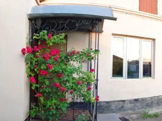 Дом-4 комн., общ-125 м. кв. Можно на 2 семьи. Электронная - Пятихатки.